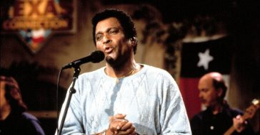 Country artists pay tribute to Charley Pride